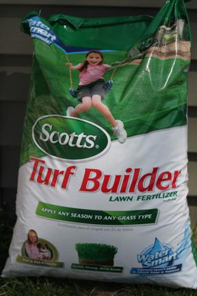 Scott's Turf Builder